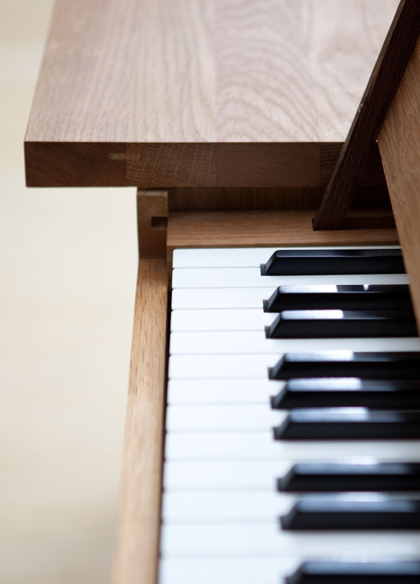 Piano Table - Georg Bohle